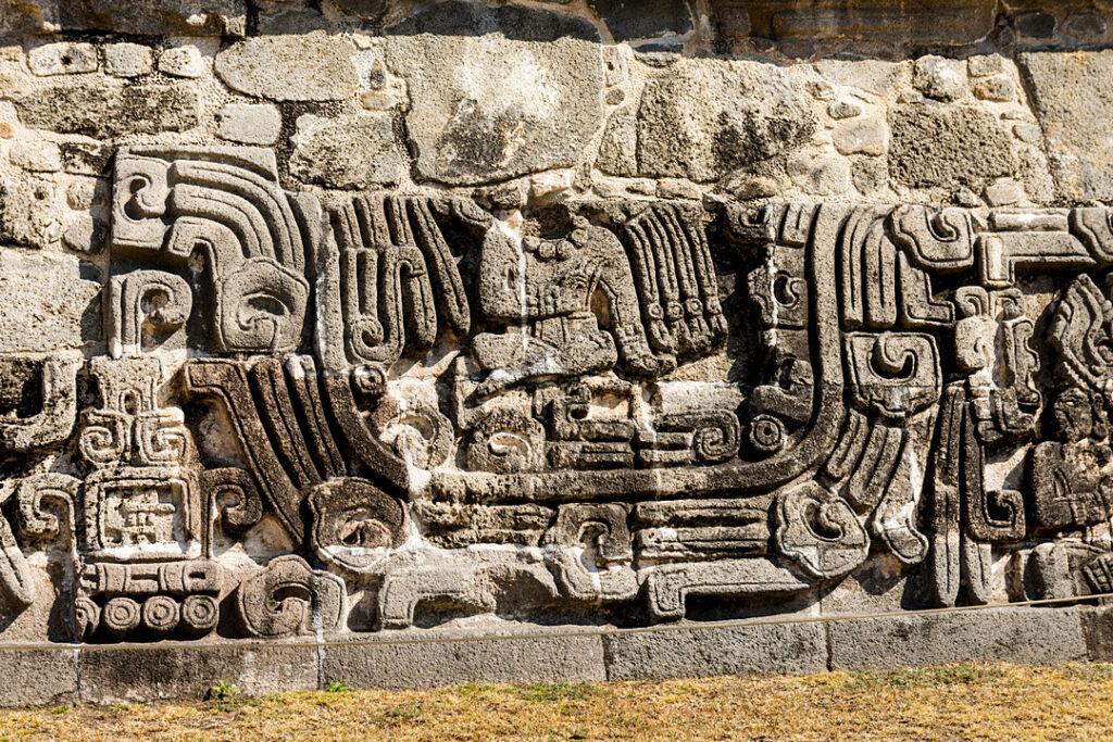 Xochicalco zdobienia Piramidy Pierzastego Węża
