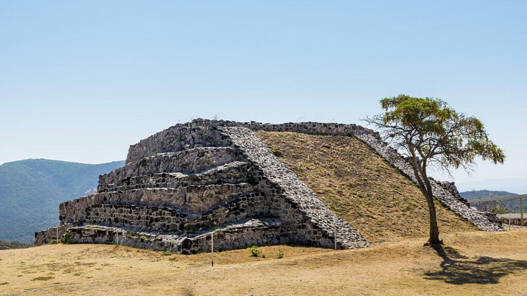 Xochicalco Piramida w Kompleksie Wschodnim