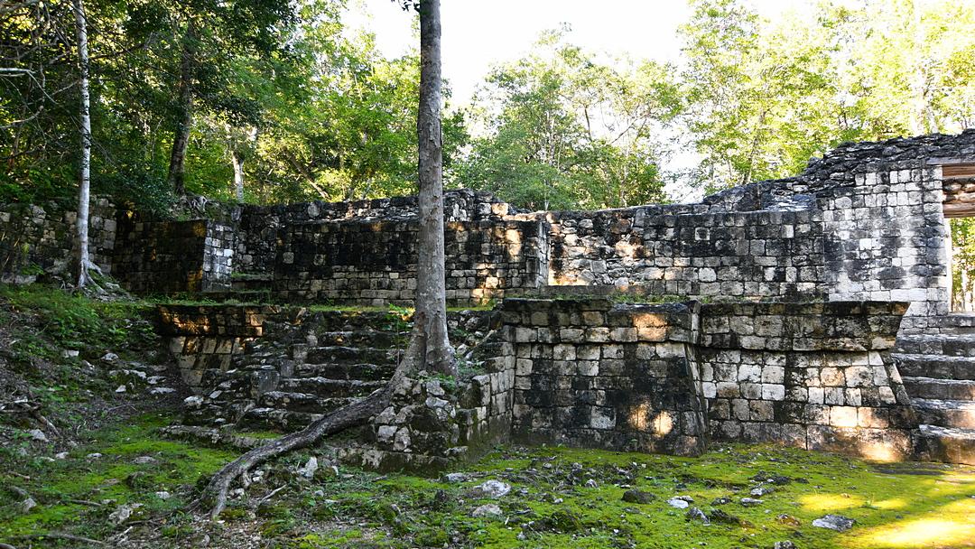 Balamkú budowle Placu Północnego