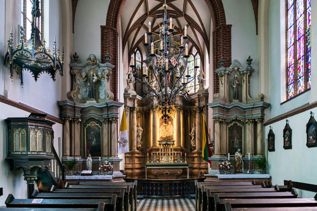 Wnętrze kościoła św. Anny