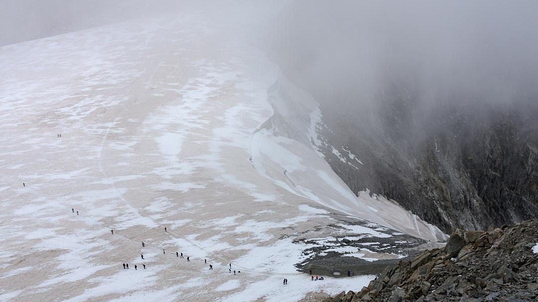 Lodowiec na szczycie Le Brévent, rejon Mont Blanc